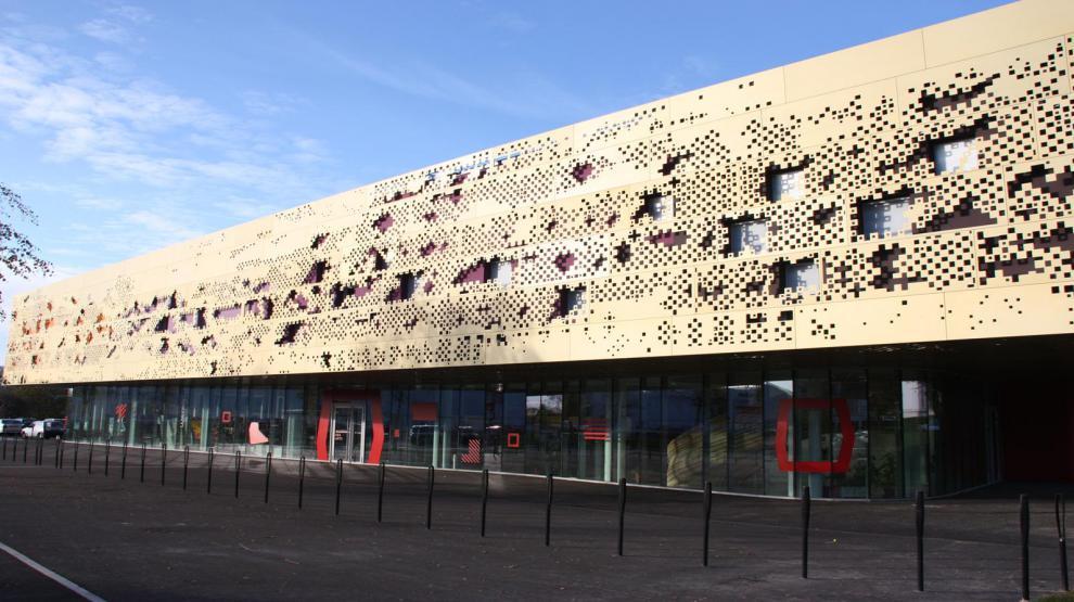 La façade de la Maison des Arts